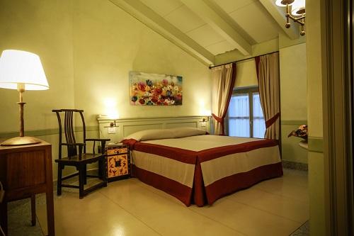 ... Mattoni : Doppia matrimoniale con soffitto in legno e travi a vista